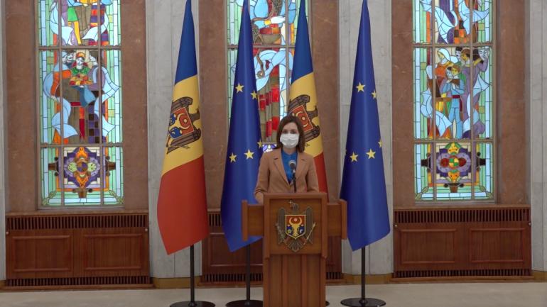 Președintele Maia Sandu susține un briefing de presă după anularea stării de urgență de către CCM