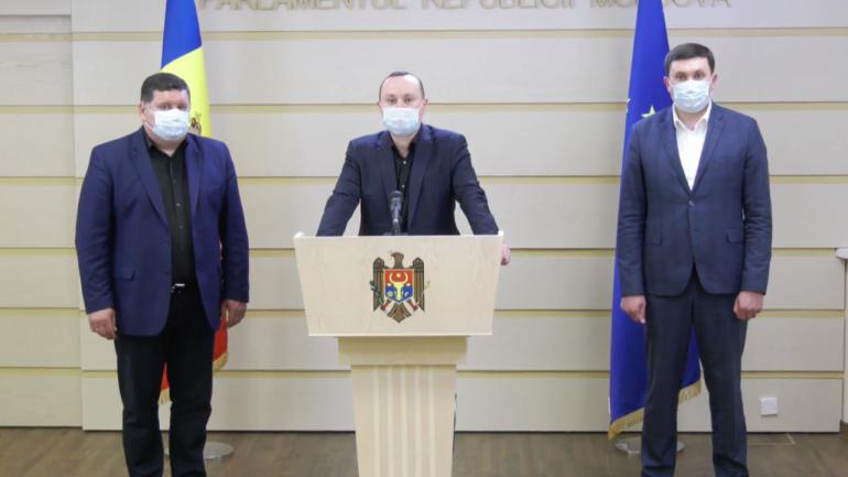 Briefing de presă al deputaților fracțiunii PSRM