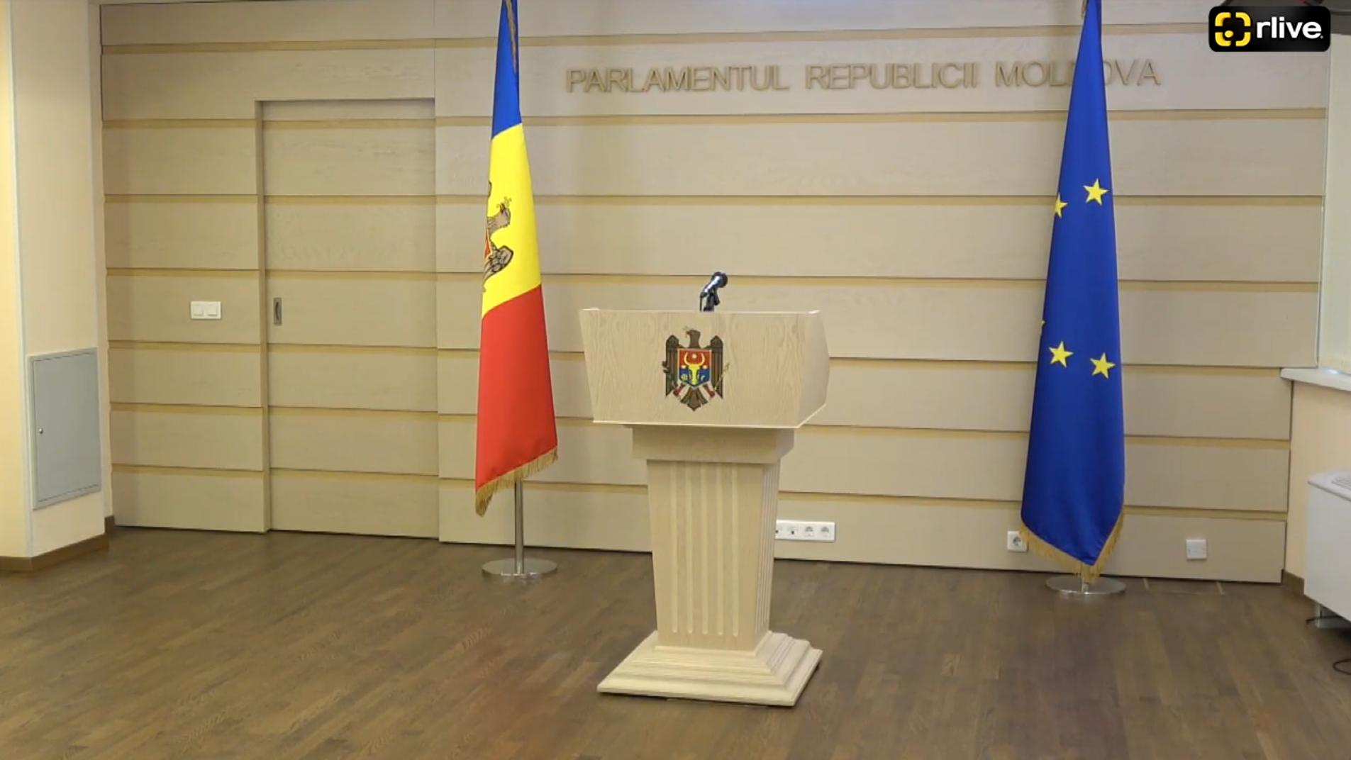 Agenda - Deputații Alexandru Slusari și Vasile-Andrei Năstase susţin un briefing de presă cu privire la activitatea Agenției Servicii Publice