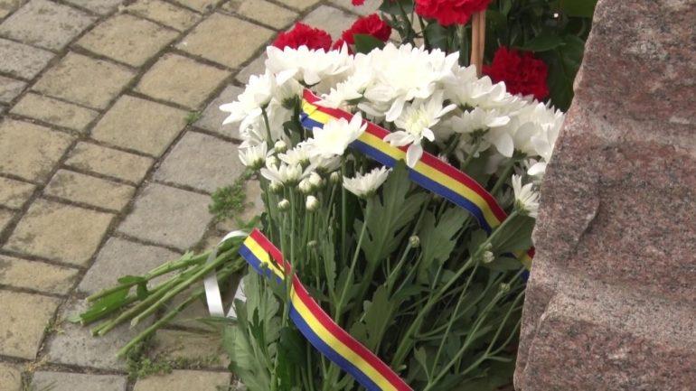 Agenda - Președintele Gitanas Nauseda depune flori la monumentul Domnitorului Ștefan cel Mare și Sfânt