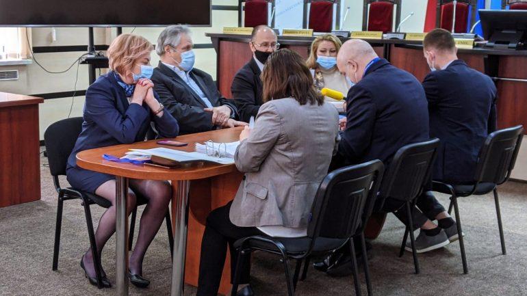 Partidul Legii și Dreptății (PLD), împreună cu Mariana Durleșteanu, a depus actele la CEC pentru a se înregistra în calitate de concurent electoral la alegerile parlamentare anticipate