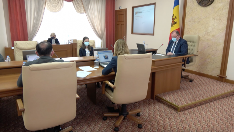 Agenda - Ședința Cabinetului de Miniștri, prezidată de premierul interimar Aureliu Ciocoi