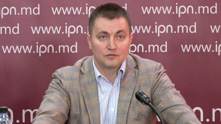 Conferință de presă susținută de Veaceslav Platon și avocatul său Ion Crețu