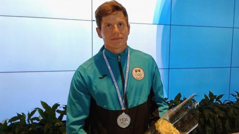 Canotorul Serghei Tarnovschi, care recent a devenit vicecampion european pe distanța 500 metri, revine acasă