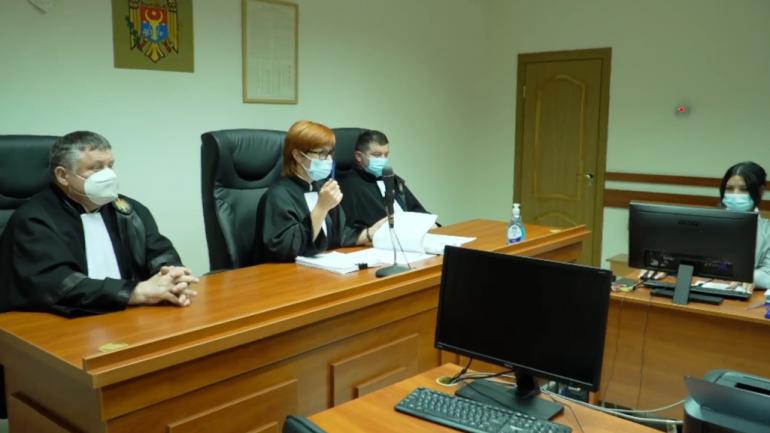 Magistrații Curții de Apel Chișinău au respins cererea avocaților lui Renato Usatîi privind recuzarea judecătorului Anatolie Minciună