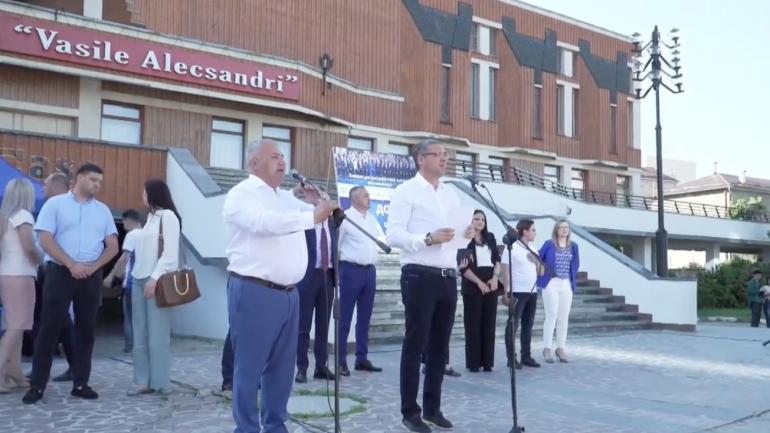 """Blocul electoral """"RENATO USATÎI"""" susține o conferință de presă de totalizare a campaniei electorale"""