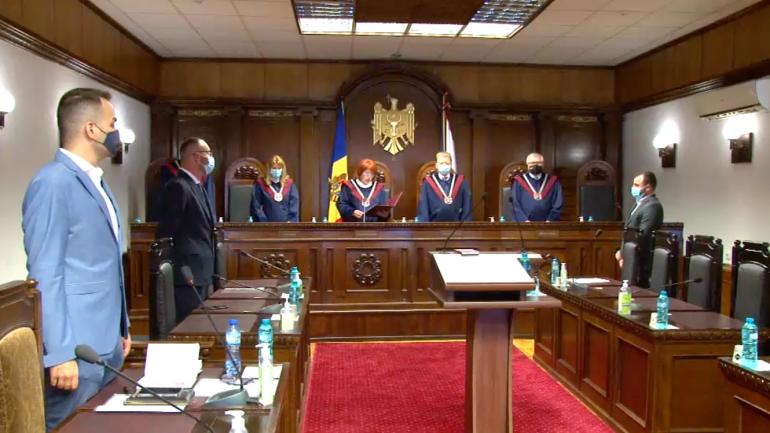 Agenda - Pronunțarea hotărârii Curții Constituționale privind confirmarea alegerilor parlamentare anticipate