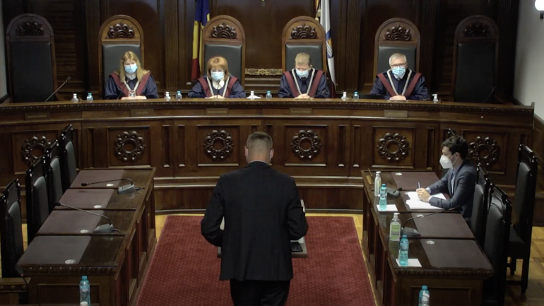 CCM examinează sesizarea deputatului PAS Sergiu Litvinenco, după ce judecătoarea Domnica Manole a ajuns în vizorul ANI