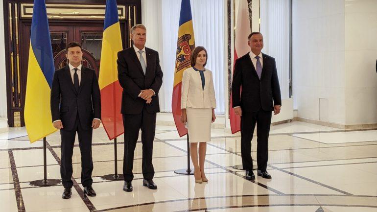 Declarații de presă comune făcute de Președinții Maia Sandu, Klaus Iohannis, Andrzej Duda și Vladimir Zelenski
