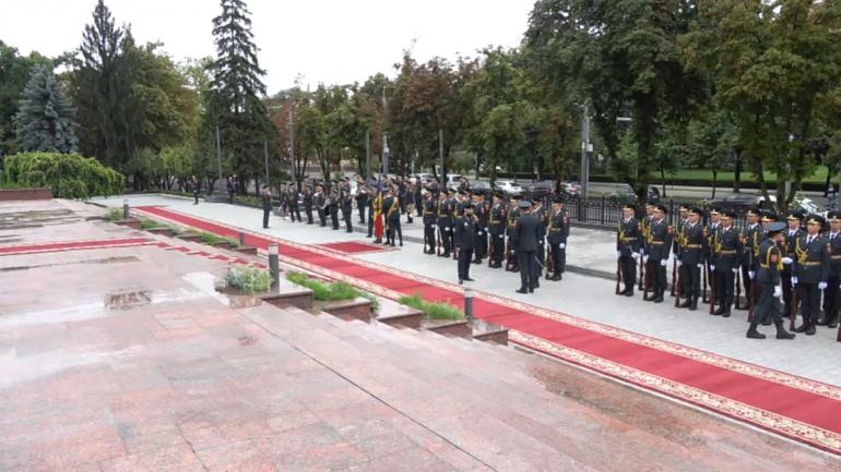 Ceremonia de întâmpinare a Președintelui Republicii Polone, Andrzej Duda