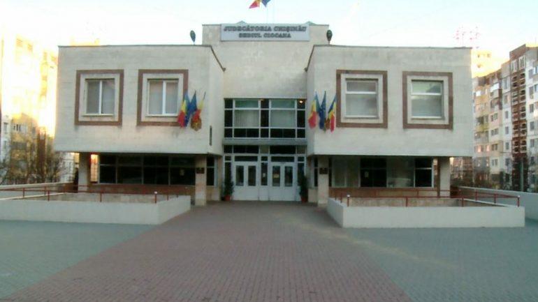 Agenda - Magistrații examinează demersurile procurorilor privind aplicarea arestului preventiv în privința primarului de Trușeni