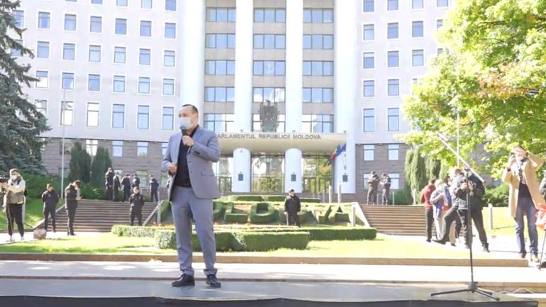 """Protest civic """"Spunem NU dictaturii!"""", în centrul Capitalei"""