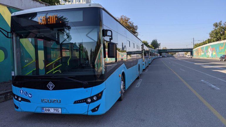Lansarea pe rute a 10 autobuze noi de model ISUZU din lotul celor 100 de unități achiziționate recent de municipalitate