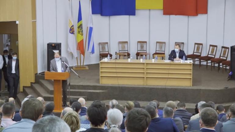 Discuții publice privind situația din domeniul construcțiilor din Capitală