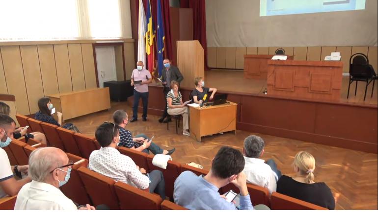 Agenda - Dezbateri publice pe proiectul unui complex locativ în locul fabricii Aroma
