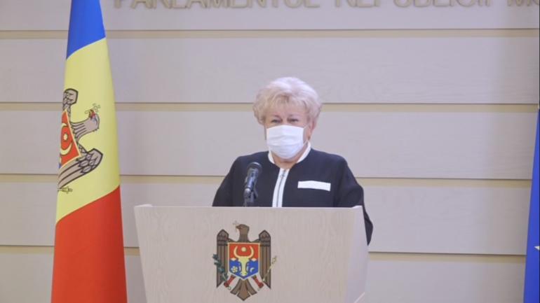 """Deputații Fracțiunii parlamentare a Partidului """"Șor"""" susțin un briefing de presă"""