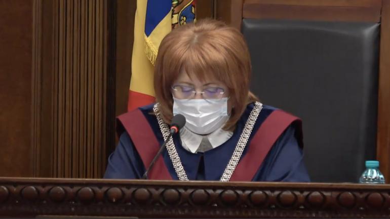 Curtea Constituțională examinează sesizarea nr. 214e/2021 privind validarea unui mandat de deputat în Parlamentul Republicii Moldova